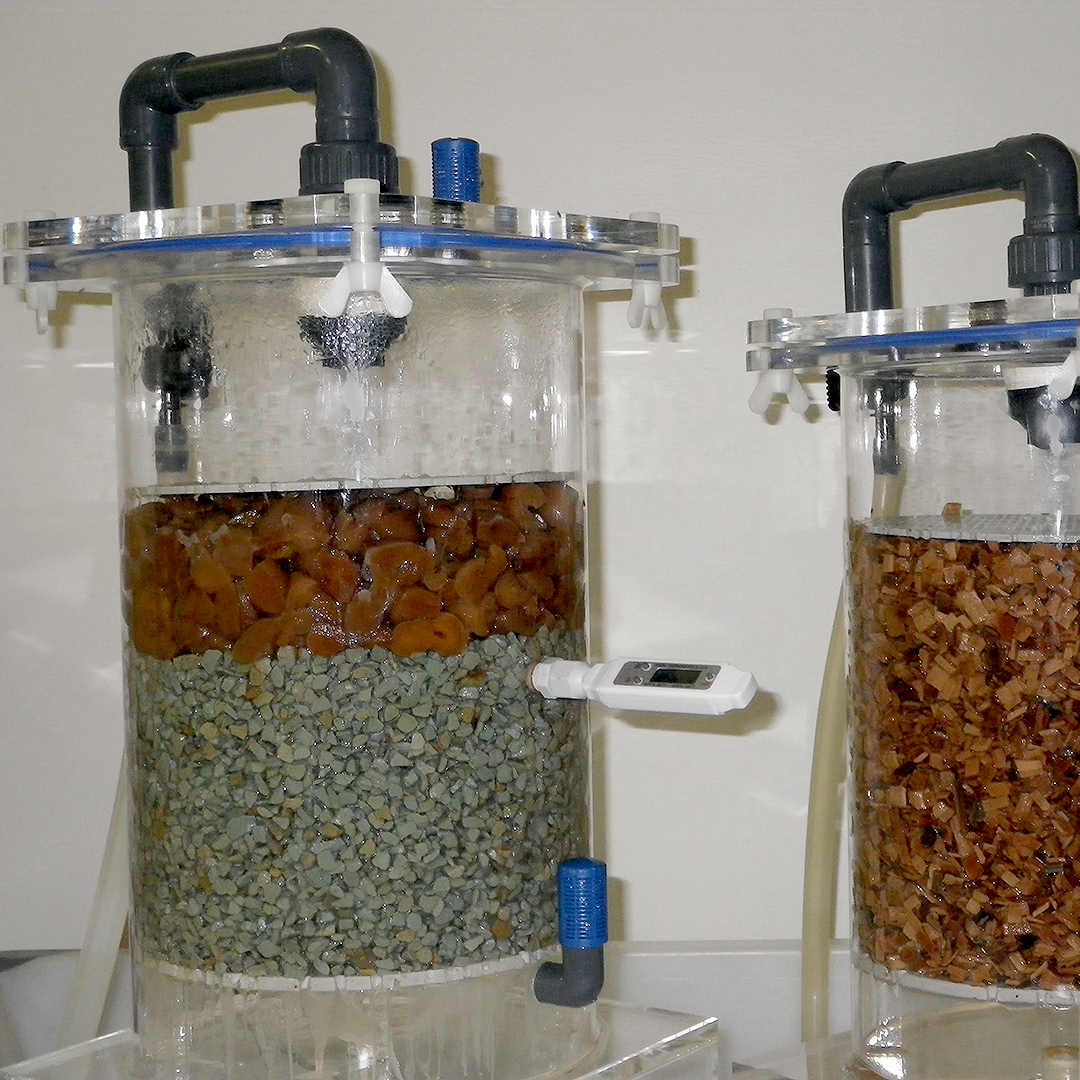 vinegar generator: left apricots, right beechwood chips